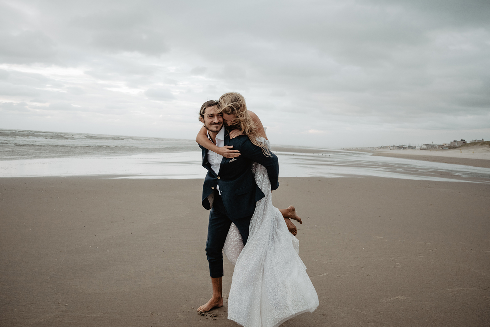 Als Hochzeitsfotografin biete ich Hochzeitsreportagen in Koeln, NRW und Europaweit an.