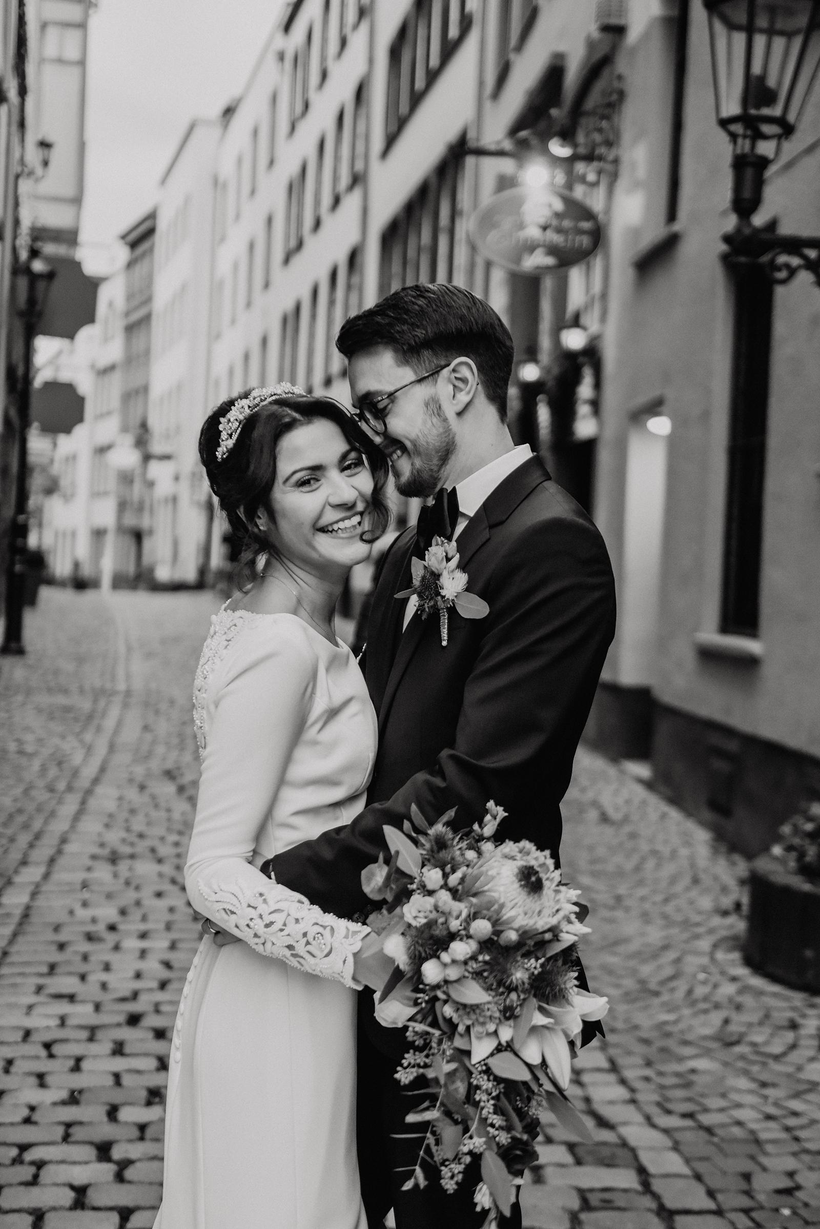 Standesamtliche Hochzeit von Jasmin und Axel in Koeln